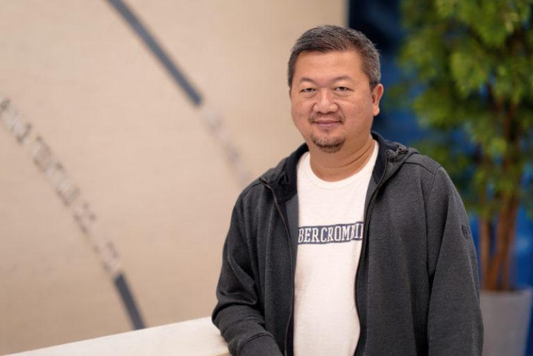 Nien-Hsing-Richard-Chen-Chairman-2018-768x513